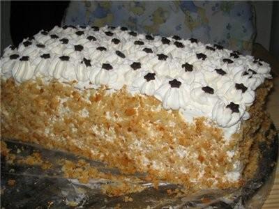 А у меня накопилось несколько фоток, вот и я с тортиками Делала ещё на Старый НГ Польский медовик о...