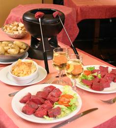 Традиционно после возвращения из отпуска мы устраиваем ужин для друзей
