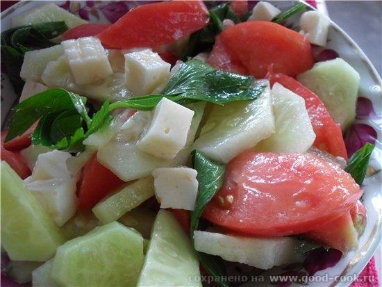Салат овощной с брынзой - помидор 1 шт