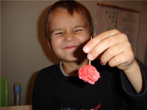Для завершения нам понадобится еще один пятилепестковый цветочек, только в этот раз все лепестки сд... - 2