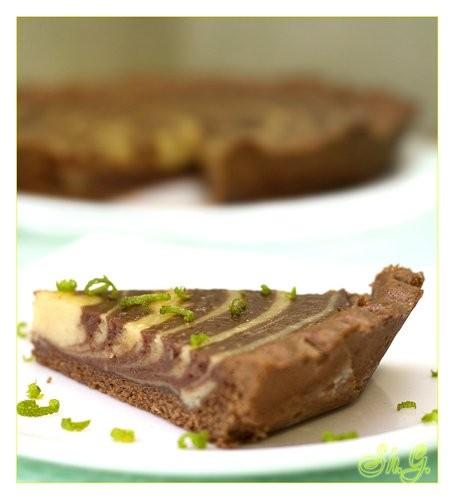 Пирог лаймово-шоколадный Очень нежный пирог, с ароматом лайма и очень легкой кислинкой