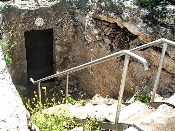 Чтобы где-то укрыться от летнего зноя,также, как и мы,наши предки стремились укрыться где-нибудь в... - 2