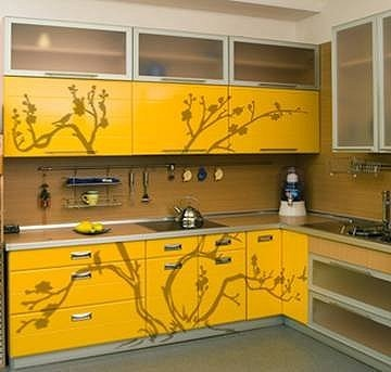 Вот на этом сайте есть информация по реставрации мебели, регистрация не нужна - 4