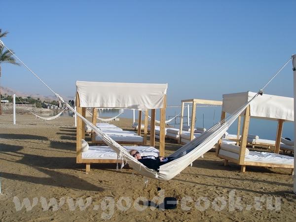 бассейн с подогретой водой из Мертвого моря