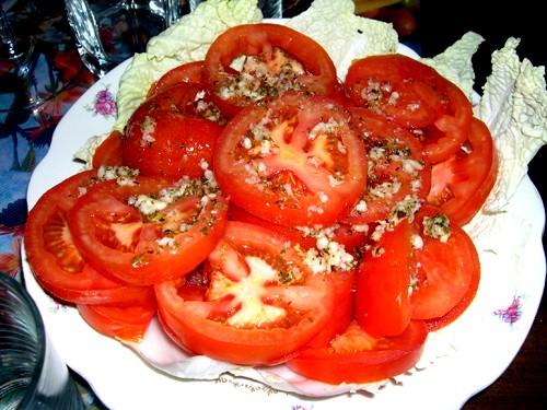 А мы в последнее время пристрастились к салатику из авокадо с креветками И помидорки от Енотика наш... - 2