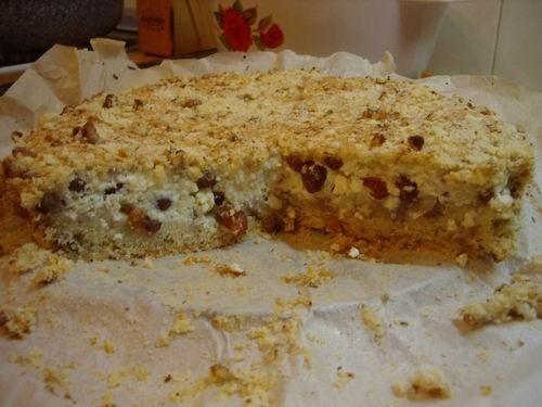 Пирог Твороженный Очень вкусный ,я ещё добавила грецкие орехи,изюм и лимон