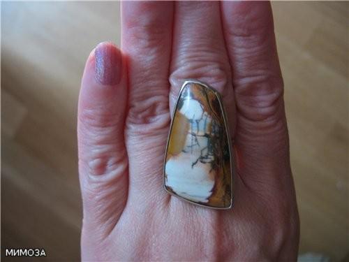 Сейчас фотографировала сегодняшнюю кулинарию и заодно сфоткала свой перстень из пейзажного агата, о...