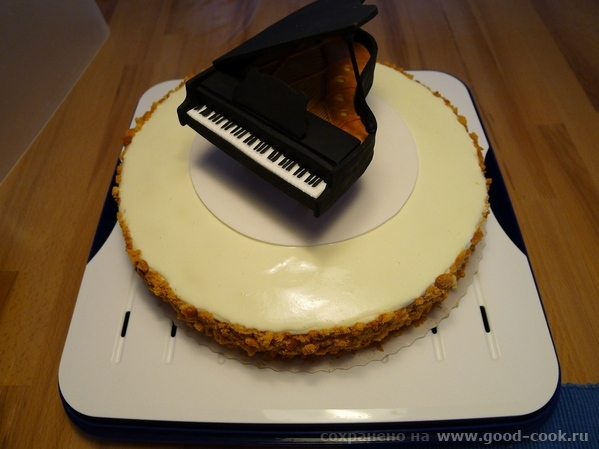 Торт с роялем