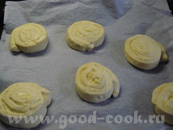 На днях делала вкусные булочки, рецепт с немецкой страницы, ссылку поставлю в конце - 7