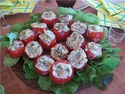 девочки покажу вам стол с дня рождения дочери, рецепты в основном все с сайта Ирины-джаз помидорки... - 2