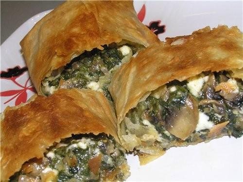 Открытый пирог с фасолью и фаршем Рулет из лаваша со шпинатом, брынзой и грибами - 2