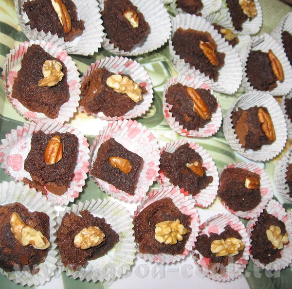 """Шоколадно-пекановый торт (рецепт Хаима Коэна, сайт """"Мевашлим"""") форма диаметром 24 см Горький шокола..."""