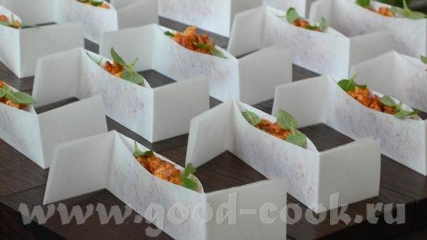 Следующая закуска – на тему Чорицо – испанской сыровяленой колбасы из свинины и копченой паприки, п... - 2