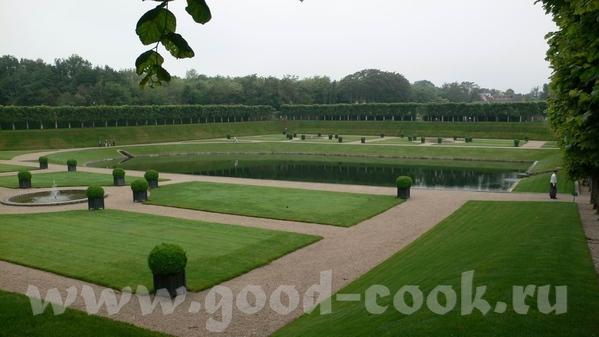 Но самым примечательным в данном замке был сад - 6