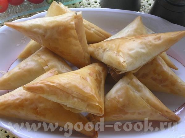 Турецкие пирожки Бёрек - Bцrek 225 г Фета (солёный сыр, типа брынзы, просто не такой солёный) 2 ст