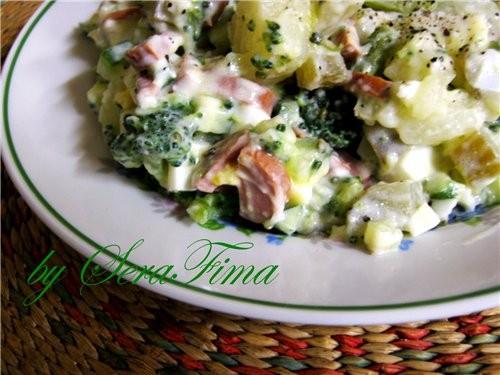 Ещё салат с броколли - сосиски или колбаса - 3-4 вареных яйца - 1,5 большие картофелины(вареная) -...