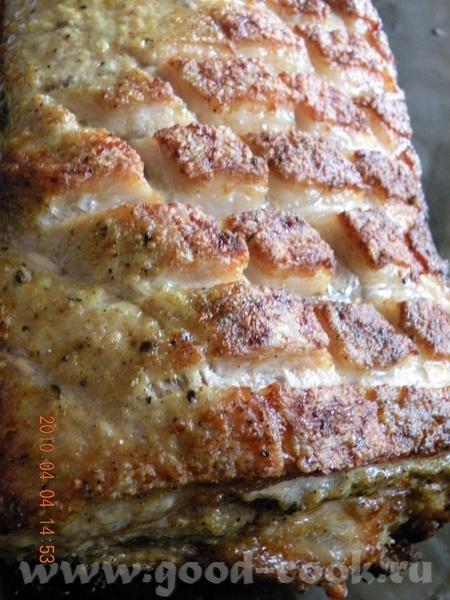 РЕБРА ПЕЧЕНЫЕ Я брала звено ребер,натерала соусом: горчица с добавлением хрена, соли