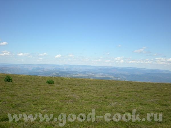 А вот вам немного наших пейзажей, это в воскресенье мы ездили на пикник на Монт Эгуаль (Mont Aigoua... - 3