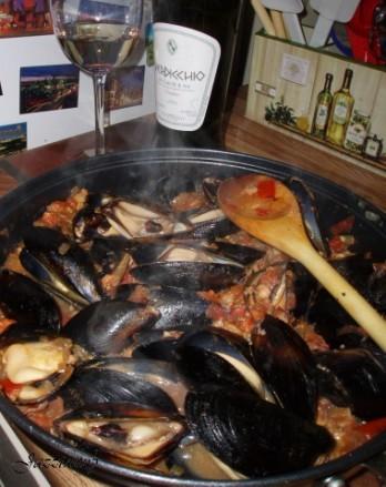 А на уууууужин мы кушали 1) Молюски по итальянски с прошутто (