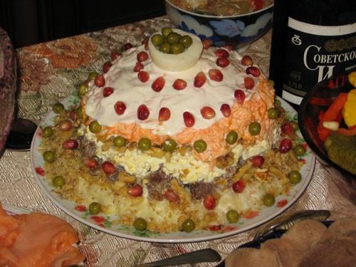 """Салат """"Шапка Мономаха"""" от Ирины Кутовой Делала салат почти точно по рецепту, только не использовала..."""