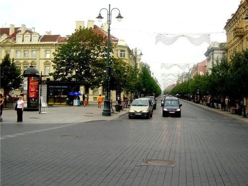 Ниагарской водопад литовского разлива Центр Вильнюса, старый город, Ратуша главная улица столицы -... - 7