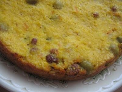 А у нас сегодня Чилийский кукурузный торт с цыпленком и оливками от Идеально для мультиварки - 3