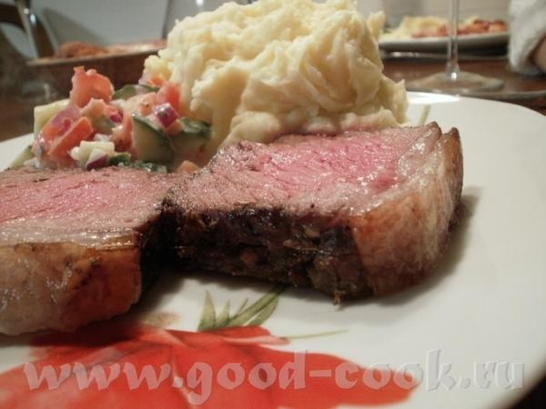Тушеная картошечка с мясом а-ля гуляш (добавляла приправу для венгерского гуляша во время тушения)... - 3