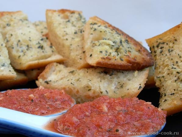 tomaty s chesnokom
