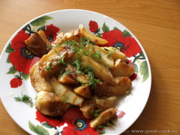 Картошку почистить,помыть,разрезать на дольки