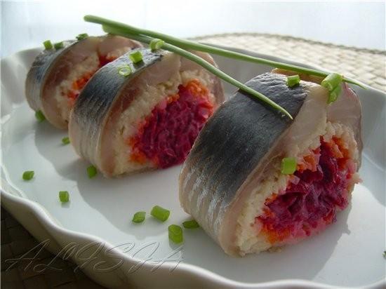 Все любят салат селедка под шубой, хочу сегодня вам предложить еще один вариант порционной подачи е... - 2