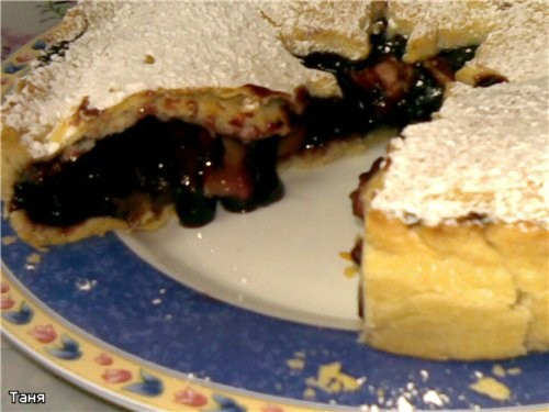 Пирог яблочный Пай с яблоками и смородиновым вареньем Грушевый пирог Пирог с бананми и сливами - 3