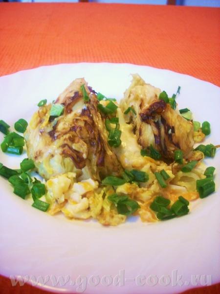 Запеченная молодая капуста в сливочно-овощном соусе