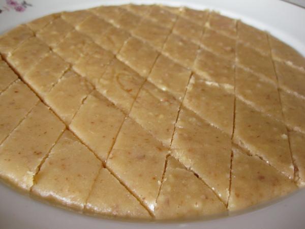 Сливочная карамель с орехами