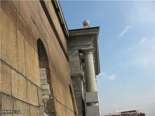 По проекту Львова в 1784–1787 годах в камень перестраивают Невские ворота, чуть позже — пристань - 3