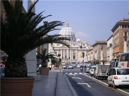 А это вид на Ватикан