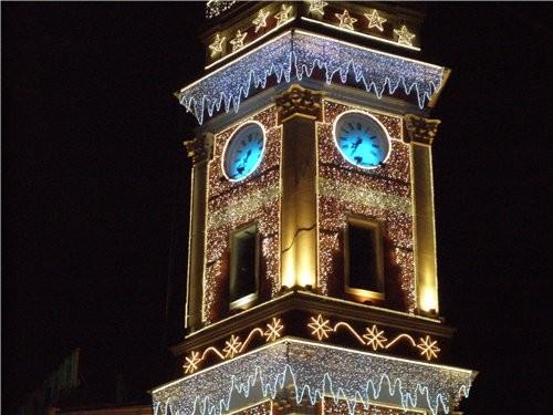 Подходим прямёхонько к одному из самых заметных архитектурных памятников города — сигнальной башне... - 4