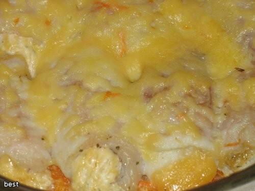 """""""Рулетики из рыбы на овощном ложе"""" 0,5 кг рыбного филе 200 г твердого сыра горчица зелень соль спец..."""