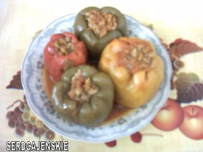 Фаршированый болгарский перец 1кг,болгарского перца 200гр,фарша 2стк