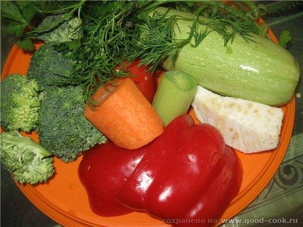 Моем овощи любые (за исключением картофеля, фасоли, гороха, кукурузы, щавеля и шпината)