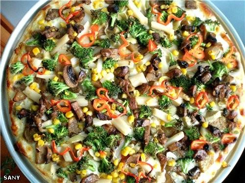 """ПИЦЦА « ХАРДИНЕРА» ( """"Jardinera"""" ) Нам понадобится : Приготовленный диск пиццы (рецепт массы следуе..."""
