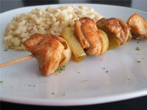 Салат из перловки Жареная рыба Куриный шашлычок - 3