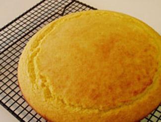 Вмешиваем смесь из кукурузной муки из маленькой чашки и жир (или масло) - 3