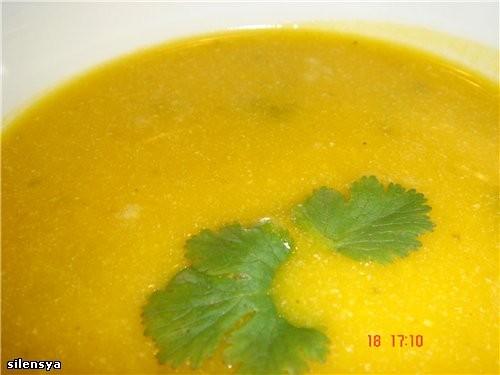 Полюбившийся моей семье Тыквенный суп от Салат Крабовая Фиеста от Jazzinitup-Ириши, спасибо,вкусно