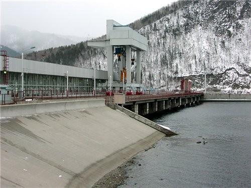 Ниже Саяно-Шушенской ГЭС расположен её контррегулятор — Майнская ГЭС мощностью 321 МВт, организацио... - 3