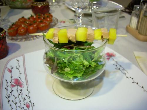 Помидоры черри, фаршированные тапенадом Фуа-гра с манго на шпажках - 2