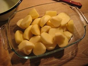 Простая картошка, запечёная в духовке