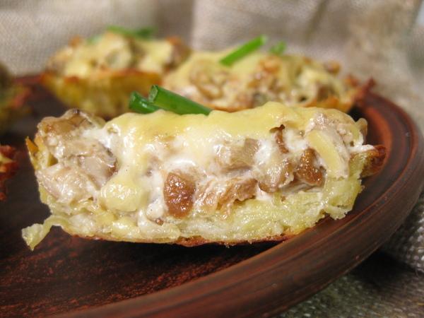 Жюльен в картофельных кокотницах