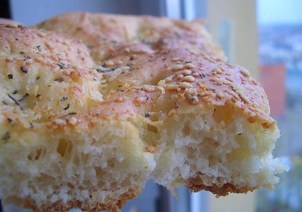 Простой в приготовлении итальянский хлеб