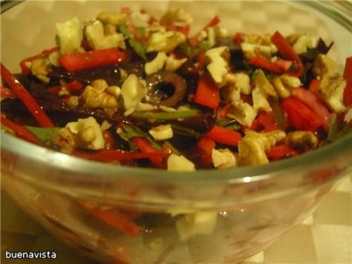 Салат из корня сельдерея, моркови и свеклы