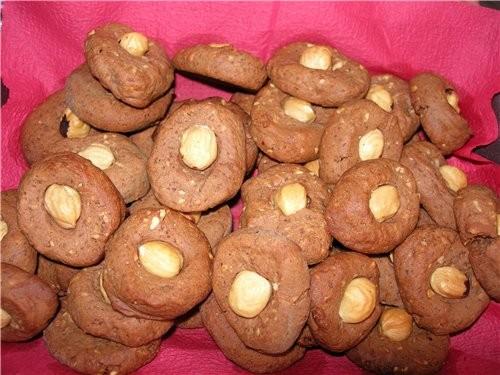 рецепт печенья с горчицей из книжки Селезнева про выпечку Шоколадное печенье с горчицей и фундуком...